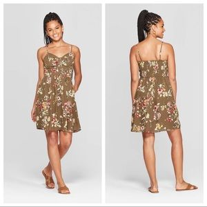 NWT Green Floral Print Sleeveless Mini Dress